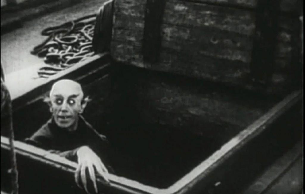 Nosferatu (1922) - still 1