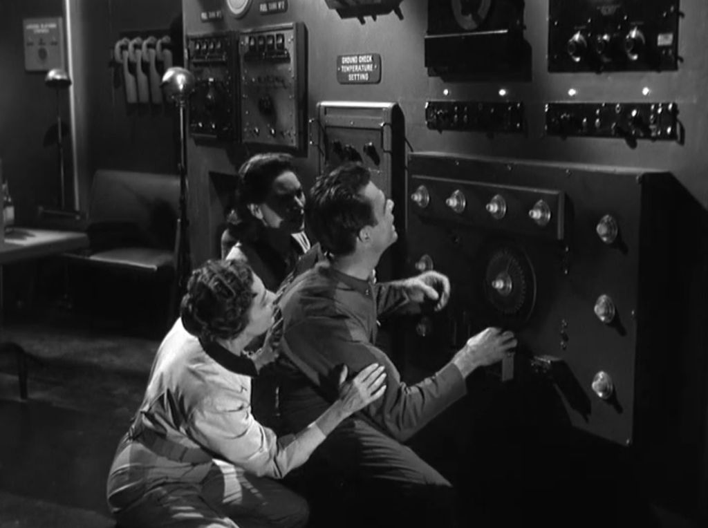 It Terror From Beyond Space (1958) - ineffectuality